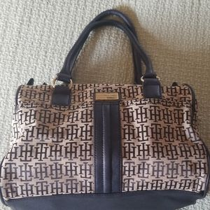 Tommy Hilger small bag
